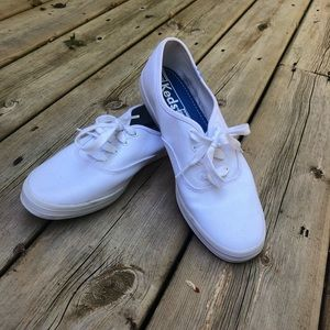 White Keds sneakers size 9